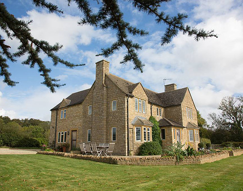 The Cotswolds Country House